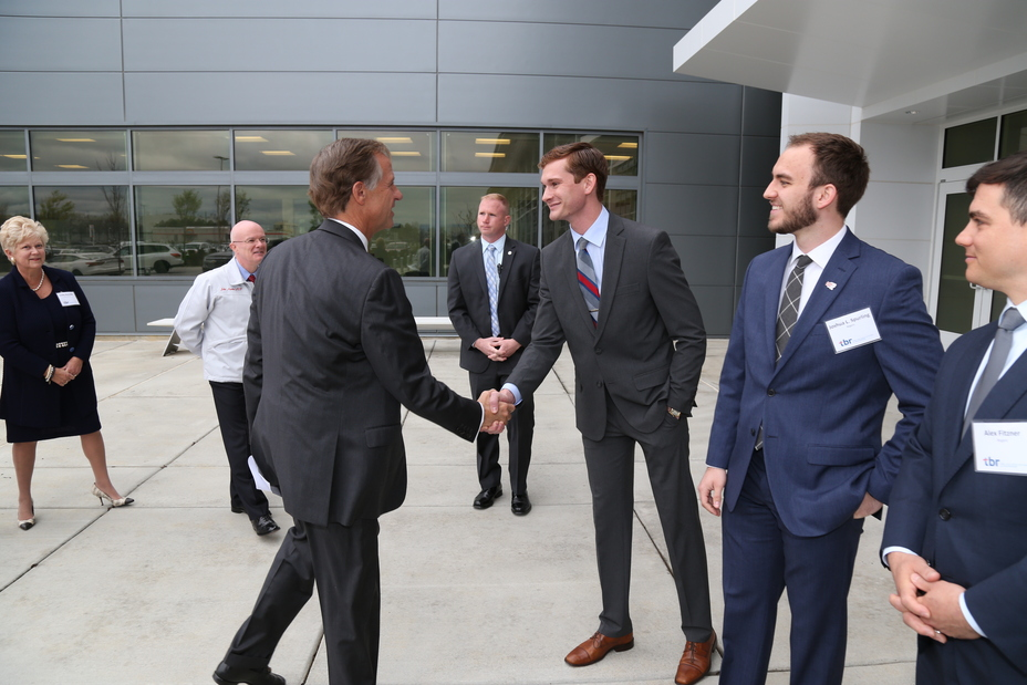 Tennessee Board Of Regents >> Nissan And Tennessee Board Of Regents Open Joint Facility To