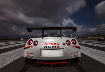 Nissan GT-R Breaks the GUINNESS WORLD RECORDS title for