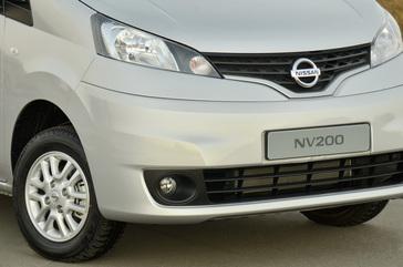 New Nissan NV200 and NV350 Panel Vans Shake Up LCV Market