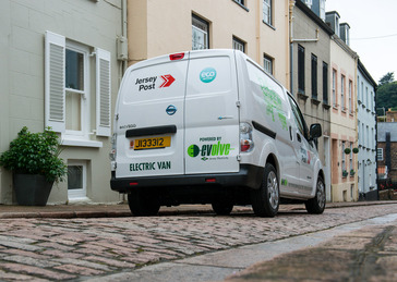 aa6fbd9351 Electric Nissan Vans Deliver For Jersey Post
