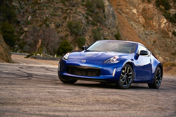 2017 Nissan 370z Convertible >> Nissan Announces U S Pricing For 2019 370z Coupe 370z