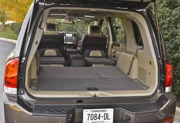 Nissan Armada Towing Capacity >> 2014 Nissan Armada Press Kit